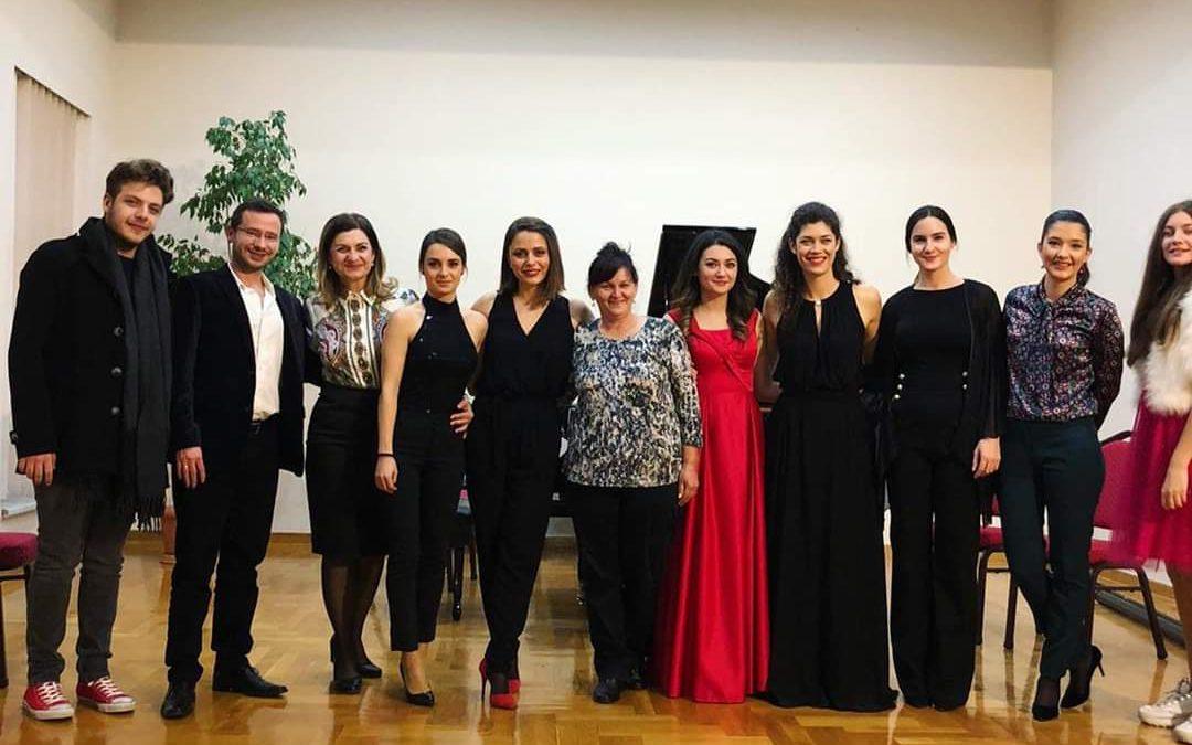 Koncert bivših učenika – sala škole